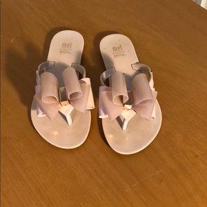 Mel by Melissa girls blush pink bow flip flop